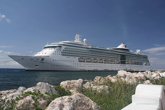 Poza vas de croaziere: Jewel of the Seas
